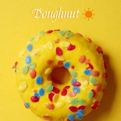 黄色甜甜圈微博封面