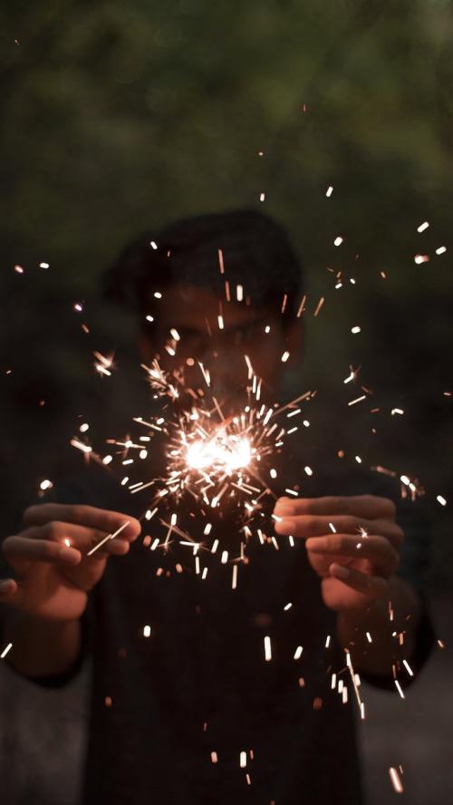 简约唯美烟火闪烁手机壁纸